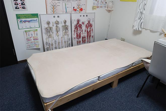 ディアーズ 新道東店(メディカルサロン Dears) カイロプラクティックの施術に適したベッド