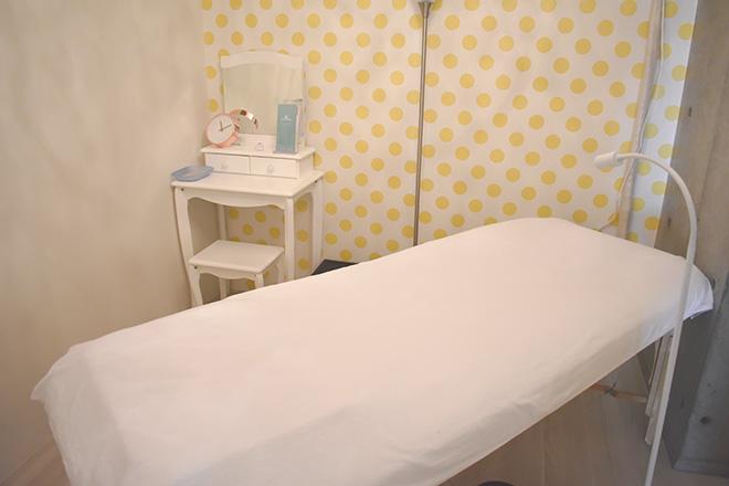 アヌエヌエ(Esthetic Salon anuenue) 明るくポップな雰囲気のブラジリアンのルーム