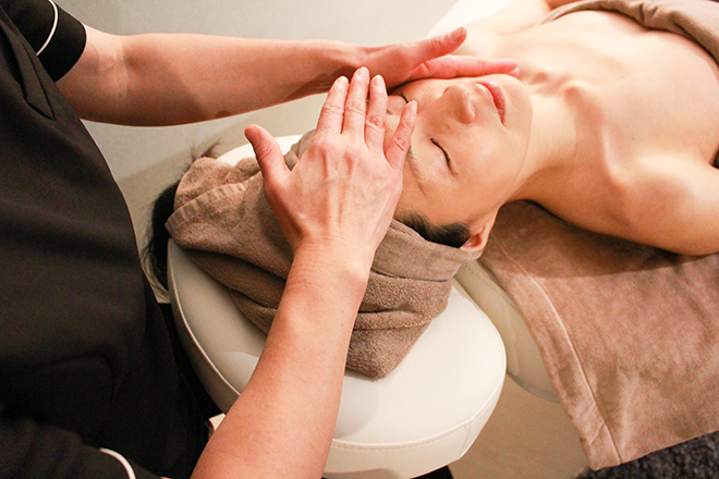 はなゆら(Facial&Aroma Hanayura) ノーファンデ肌再生プログラム