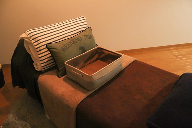 ニコロ(Private Salon nicolo) 落ち着いた個室空間にある寝心地の良いベッド