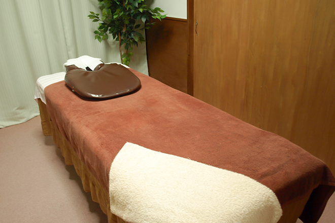康楽整体院 「中国仕込み」の技術でお悩みを癒します
