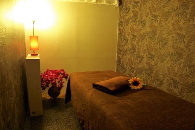 森の香 温かみのあるベッドと空間をご用意。心からリラッ