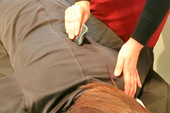パティオ 生駒店(YOSA PARK Patio) かっさも使って、不調の部位に直接施術します
