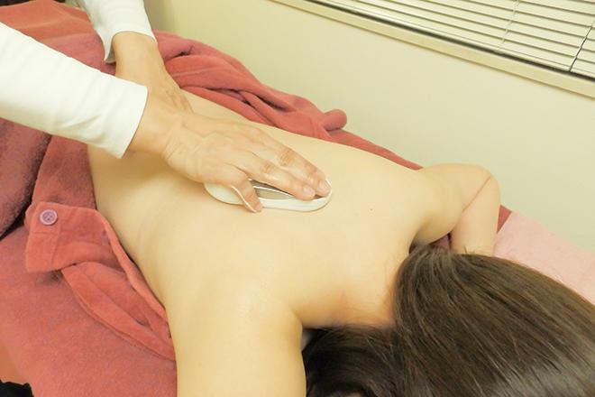 サクラ(SAKURA BEAUTY Salon) ガルバニックでお肌をトリートメントします