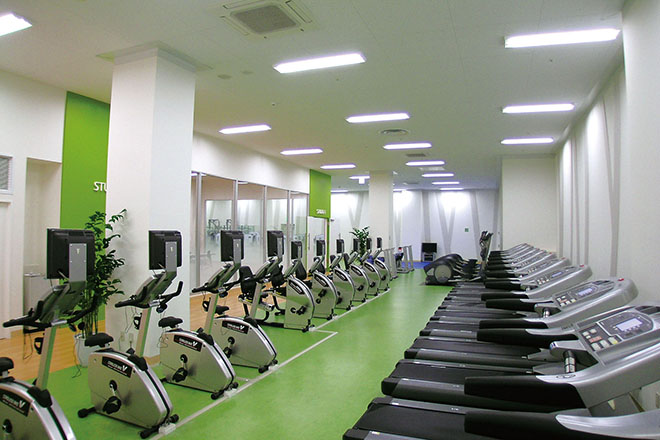 イオンスポーツクラブ 浜松西店 有酸素系マシン完備