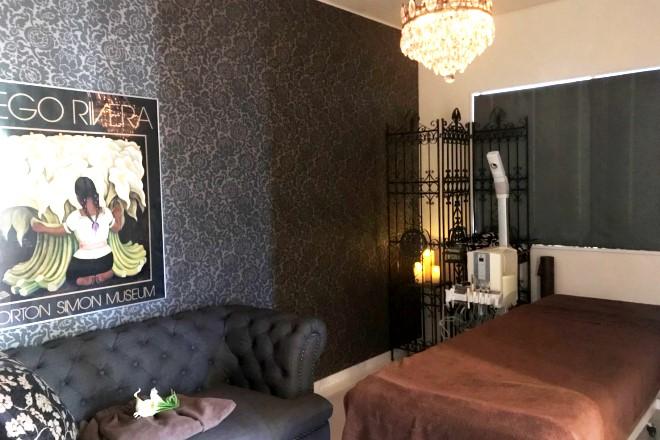 カラーリリー(Private Salon CALLA LILY) 施術ベッドにもこだわっております