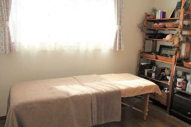 キララ(ミラクルバストアップサロン kirara) 暖かな日差しが差し込む空間
