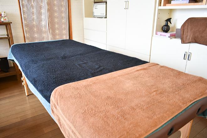 ソールソレイユ 広々としたベッドでゆったりおくつろぎください