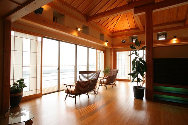バンクンメイ 淡路夢泉景店 タイリゾートと、清潔感を兼ね備えた空間