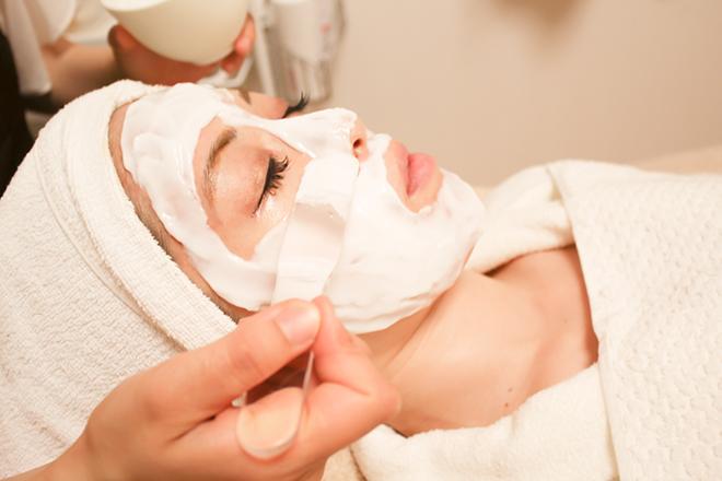 ブランシュ(エステティックサロン BLANCHE) マシンでお肌の深層に美容成分を導入
