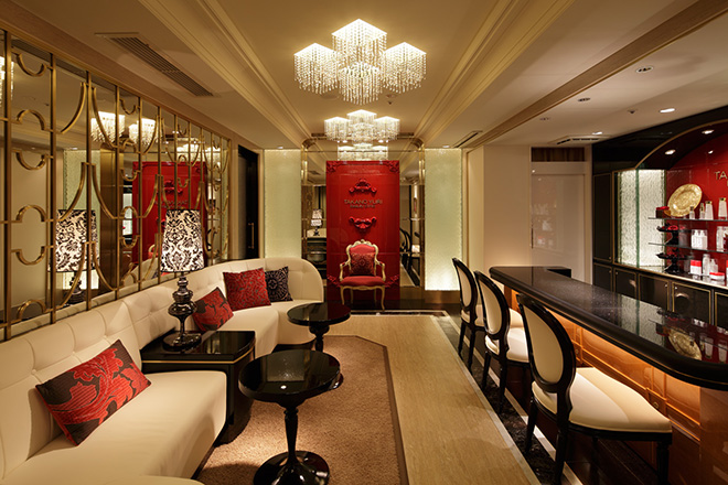 たかの友梨ビューティクリニック 横浜ベイシェラトンホテル&タワーズ ラウンジで特別なひとときを