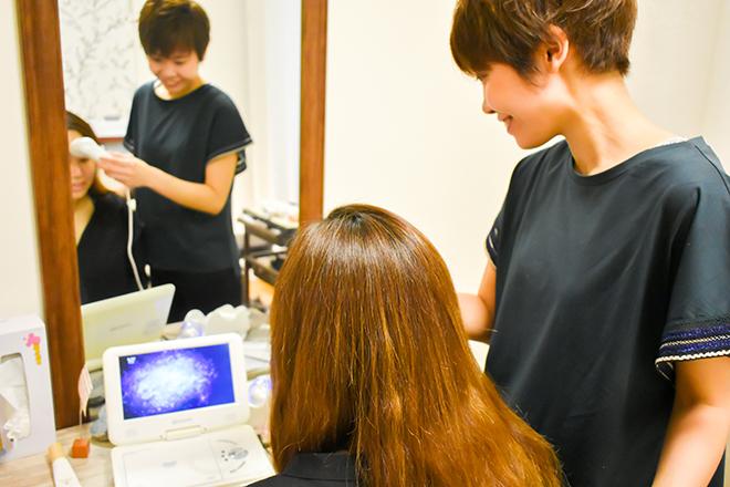 ヤジマ(Salon de Yajima) マイクロスコープを使って現状把握