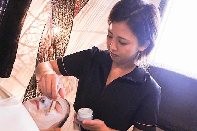 シャンティ(彫刻リンパ&スクールサロン SHANTI) 贅沢なコスメを使用してお手入れいたします