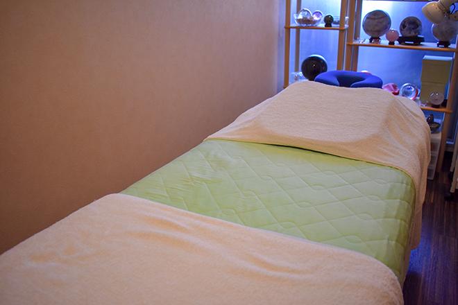 カナン 岡山本店 除菌された空気がきれいな空間にベッドは3台