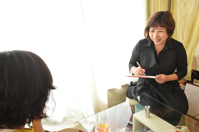 ユズリハ(Yuzuriha) お好みの紅茶を飲みながら「ヒアリング」