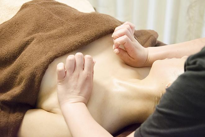 STC(育乳専門サロン エスティーシー) 育乳バストアップトリートメントが人気♪