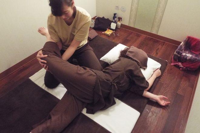 リラク イオンレイクタウン店(Re.Ra.Ku) 一人では伸ばしにくい筋肉にもアプローチ!