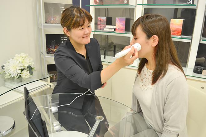 ポーラ ザ ビューティ 旭川豊岡店 マシンを使って科学的なアプローチも行います