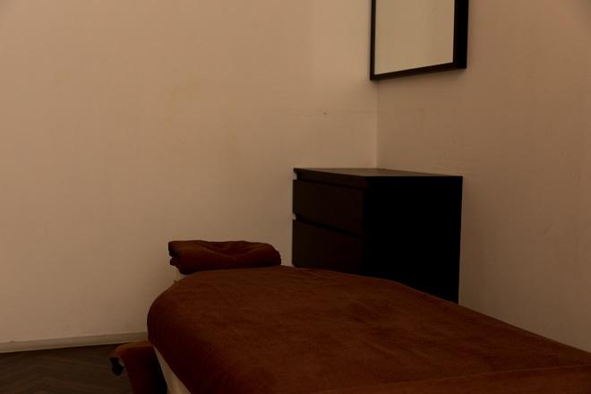 ベアハグ 豊洲フォレシア店 ベアハグオリジナルベッドを採用