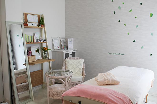 ミユ(美結~miyu~) ホワイトを基調とした 施術ベッド