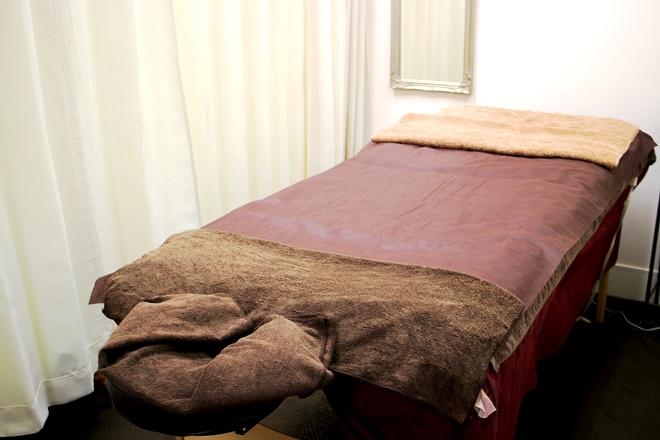 ナプア 高岡店 清潔に保たれた施術ベッド!