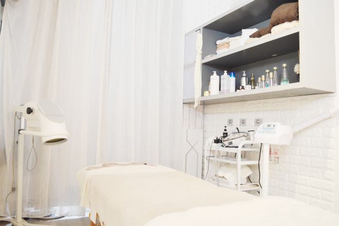 nail&esthe salon Mano