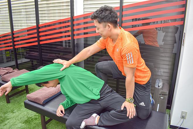 Dr.ストレッチ 川崎アゼリア店 普段動かせない筋肉や関節も動かします!