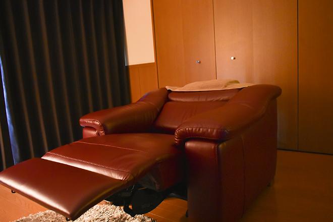 睡眠改善ドライヘッドスパ専門店 switch 男女を問わず落ち着ける癒しの施術スペース