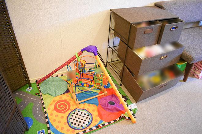 子育てママの整体サロン ぬいぐるみやブロックなど、おもちゃがたくさん