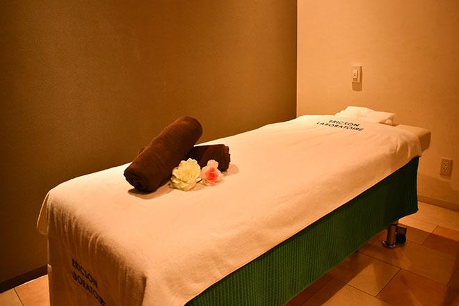 グランドケイラ 肌触りが良いタオルを使った清潔感があるベッド
