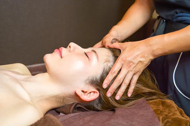 Salon RINNE 全身温まりながら頭皮の疲れにアプローチ