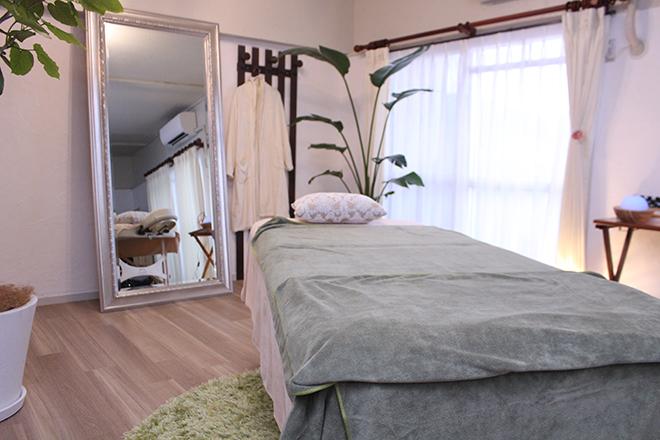 プレディ(美人工房 PRADY) 幅広の施術ベッド