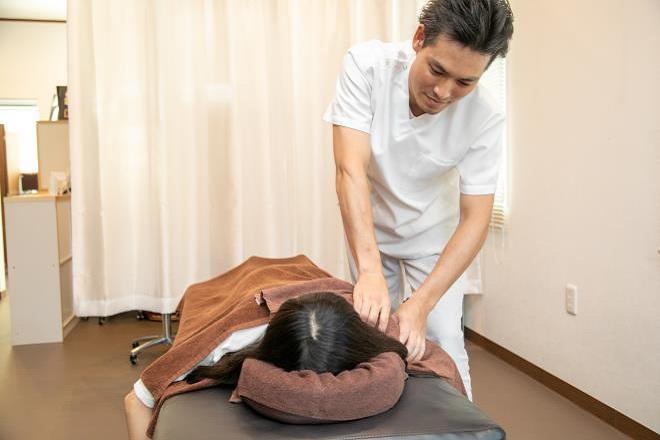絆(手揉み処 キズナ) 肩から背中にかけて体の疲れを癒します