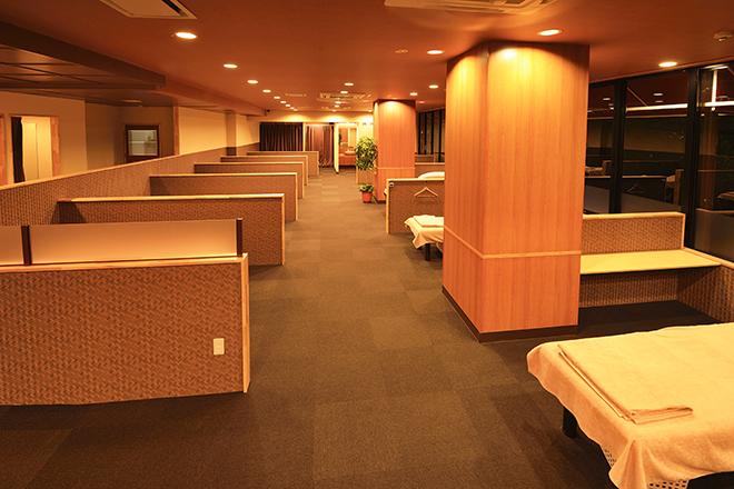 ラモアナ 梅田堂山店(lamoana) リラックスしていただける温かみある空間です