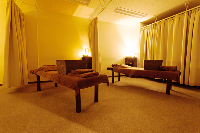 グイット 新宿東口店(Goo-it!) 施術ベッドが7台ございます