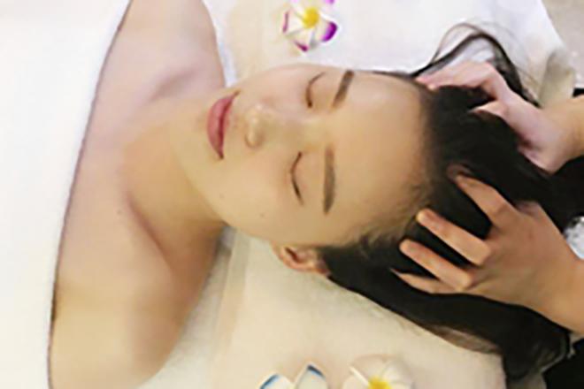 ケンビエン スリムアンドビューティー ジェルを使用した頭皮ケア+首・肩のリンパケア