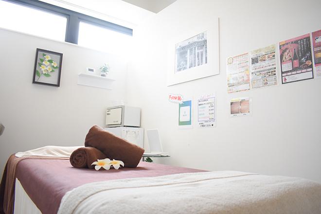 Private Beauty Salon & 清潔感が漂う、完全個室の施術スペースです