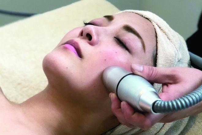 Private Beauty Salon & 最新技術搭載モデルの小顔リフトが大好評