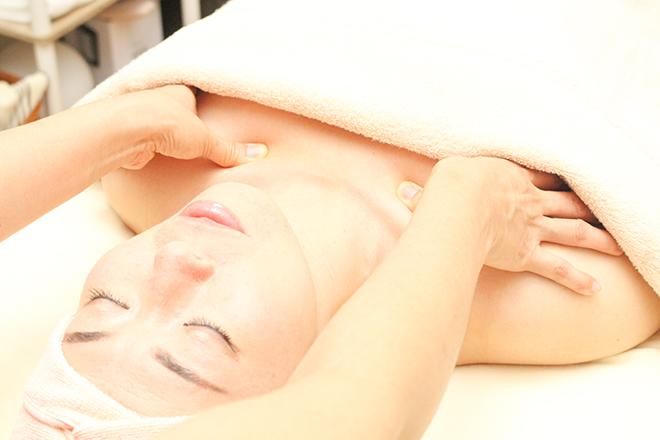 HALE SAKURA HILA 理想の小顔へ! 肩・目・頭のお疲れも癒します