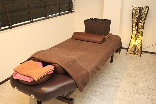 むさし台湾式リラクゼーション ベッド5台・個室2部屋・チェア2台完備☆