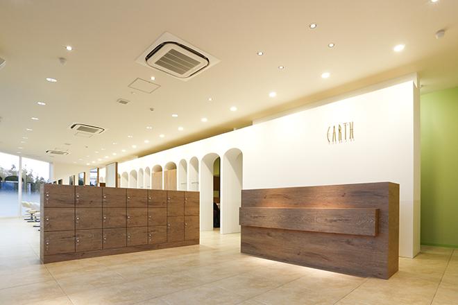 アース 熊本嘉島店(HAIR&MAKE EARTH) 癒しの音楽が流れる個室