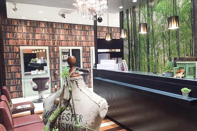 アース 鹿児島天文館店(HAIR&MAKE EARTH) 癒しの音楽が流れる、高級感たっぷりな個室