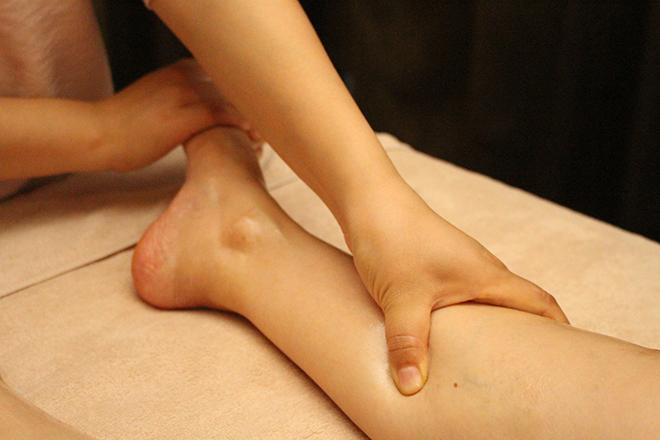 コリほぐし24 イタ気持ち良い施術で、足が「軽い」状態へ