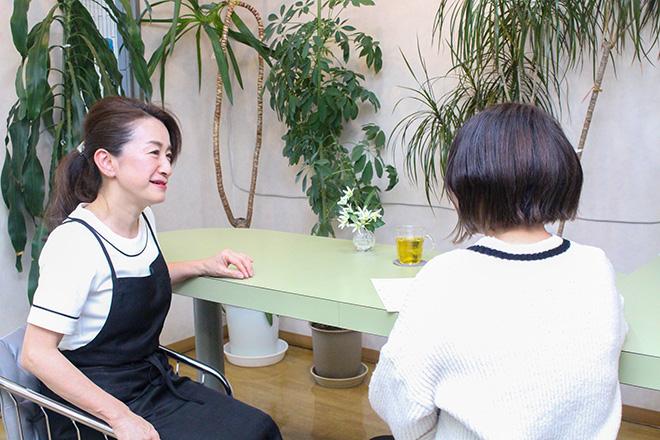 レイ(Beauty salon Rei) まずはお客様の状態を伺ってから施術を行います