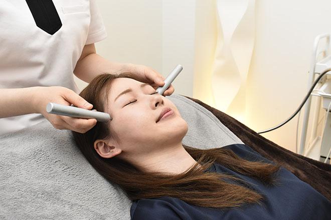 目の美容院 横浜ランドマークプラザサロン 手技&磁気でお体のバランスを整えます◎