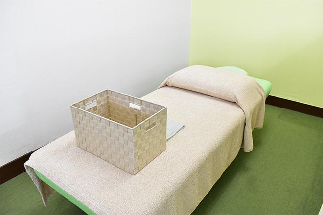 アニモ(ほぐし処 animo) 大きなベッドでゆったりと♪