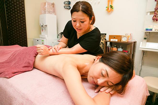 アロマ×手技で、上質な癒しをご提供します