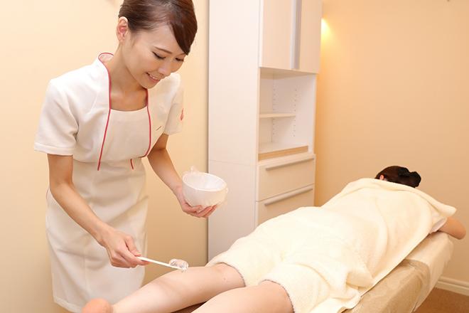脱毛ラボ 錦糸町店 美肌&美白効果を見込める、温かいジェルを使用