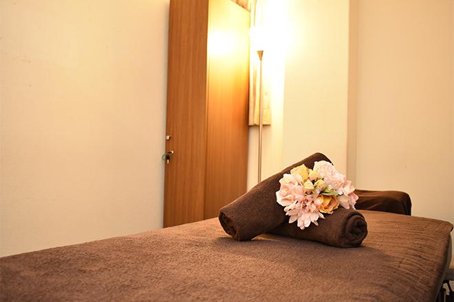 キレイサローネ 新宿店 まわりが気にならない、落ち着いた空間作り