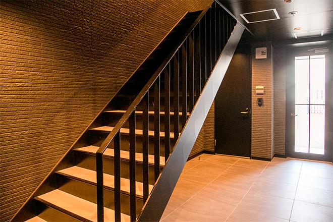 クレビア(CREBIA) 階段を上がって2階へと